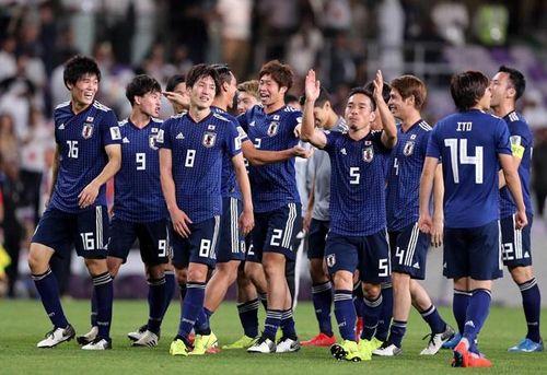 Đạo diễn đài NHK kêu gọi CĐV Việt ủng hộ Nhật Bản ở trận chung kết