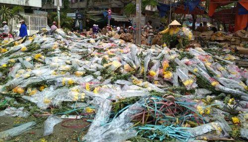 'Dọn đường' cho hoa tươi Đà Lạt về chợ đầu mối TP HCM