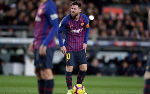 Báo Nga khen ngợi Đặng Văn Lâm và ĐT Việt Nam; Messi nguy cơ lỡ trận El Clasico