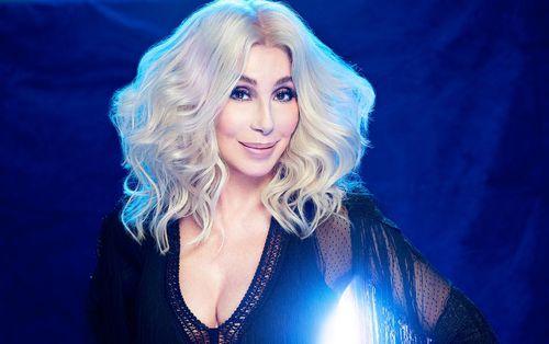 Đừng hỏi Cher về màn trình diễn của Maroon 5 tại SuperBowl, câu trả lời sẽ không dễ lọt tai chút nào đâu!