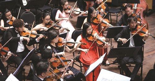 Người trẻ đam mê giao hưởng