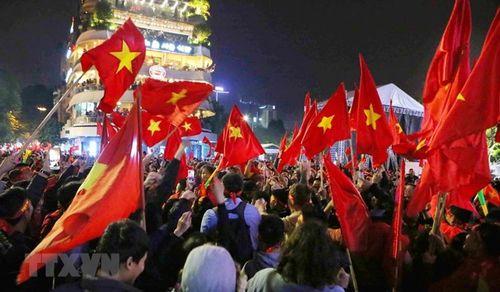 Tiền đề để Việt Nam 'khải hoàn viết tiếp bài ca' trong Năm mới