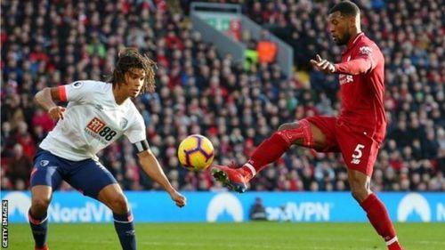 Thắng Bournemouth 3-0, Liverpool lấy lại ngôi đầu bảng