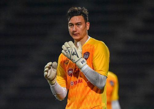 Văn Lâm và Xuân Trường có thể sẽ ra mắt ngay trong trận đầu ở Thai-League