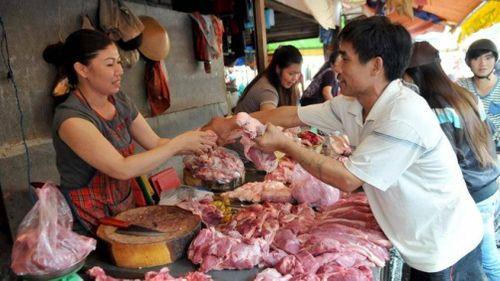 Giá thịt bò, gà, thủy hải sản tăng mạnh nhất dịp Tết Nguyên đán 2019