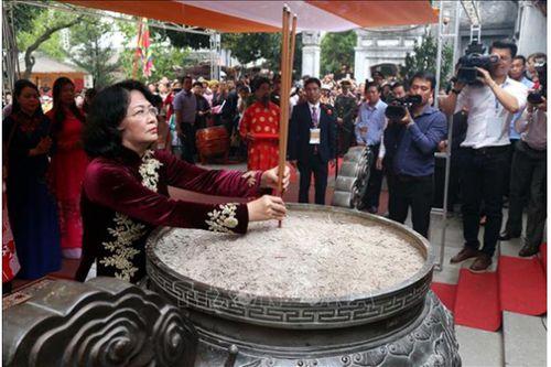 Khai mạc Lễ hội đền Hai Bà Trưng Xuân Kỷ Hợi 2019