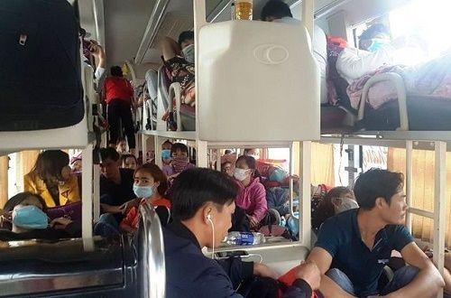 Thanh Hóa: 9 ngày nghỉ Tết, xử phạt 68 xe 'nhồi nhét' khách trên 400 triệu đồng