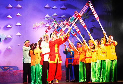 Sân khấu truyền thống: Sáng đèn phục vụ khán giả
