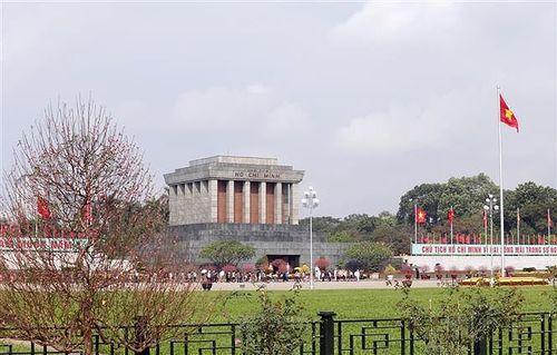Hơn 47.000 lượt người vào Lăng viếng Chủ tịch Hồ Chí Minh dịp Tết Kỷ Hợi