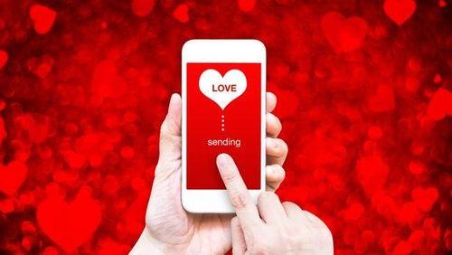 Valentine 2019 tặng smartphone gì làm quà cho bạn gái?