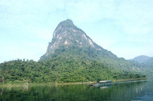 Đón nhận Bằng xếp di tích Quốc gia đặc biệt Khu bảo tồn thiên nhiên Na Hang – Lâm Bình