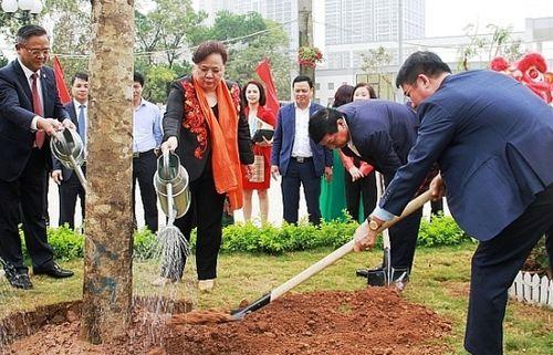 Hà Nội phát động Tết trồng cây rộng khắp các địa bàn