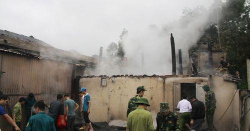 Chính quyền địa phương thông tin về vụ 4 ngôi nhà bị lửa thiêu rụi ở Hà Giang