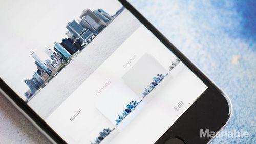 Cách tải ảnh Instagram về iPhone dễ nhất không cần phần mềm