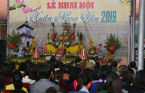 Khai hội chùa Ngọa Vân: Không có hiện tượng mê tín dị đoan, ăn xin