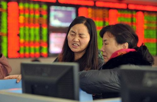 Chứng khoán Trung Quốc leo dốc chóng vánh