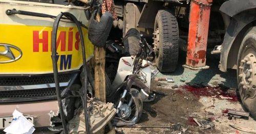 Xét nghiệm máu, nước tiểu các tài xế vụ tai nạn trên Đại lộ Thăng Long