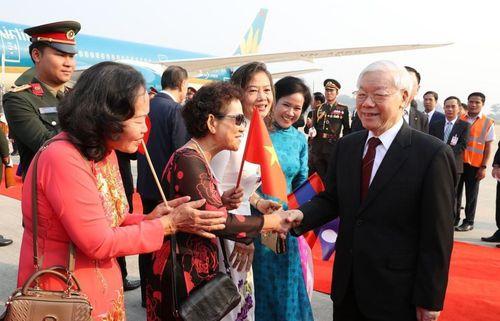Tổng Bí thư, Chủ tịch nước Nguyễn Phú Trọng tới thủ đô Vientiane, bắt đầu thăm hữu nghị chính thức CHDCND Lào