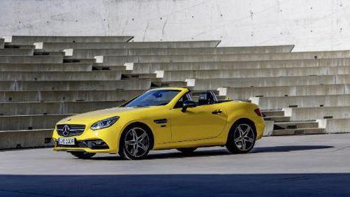 Mercedes giới thiệu SLC Final Edition trước khi ngừng sản xuất