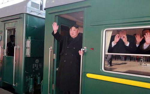Mất ít nhất 2 ngày rưỡi để di chuyển, tại sao ông Kim vẫn chọn tàu hỏa làm phương tiện tới Hà Nội