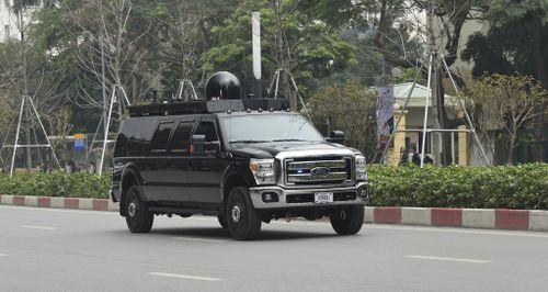 'Tân binh' Ford F-350 Super Duty trong đoàn xe hộ tống ông Trump