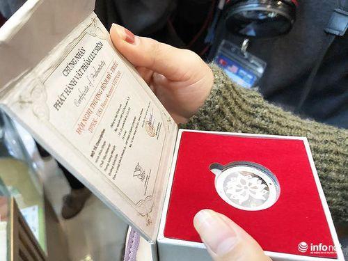 'Cháy hàng' đồng xu Hội nghị thượng đỉnh Hoa Kỳ - Triều Tiên
