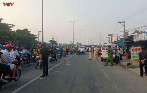 Xe cứu thương va chạm với người đi đường, 1 người tử vong tại chỗ