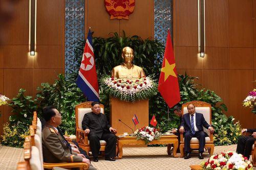Chủ tịch Kim Jong-un hội kiến Thủ tướng và gặp gỡ Chủ tịch Quốc hội