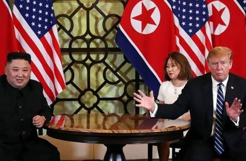 Người phiên dịch cho Tổng thống Mỹ Donald Trump và Chủ tịch Triều Tiên Kim Jong-un