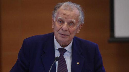 Nhà khoa học người Nga từng đoạt giải Nobel qua đời