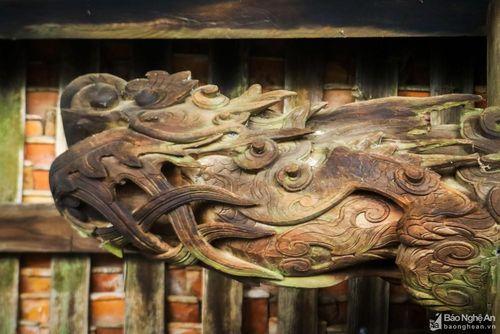Những chạm khắc tinh xảo của ngôi đình cổ 300 năm ở 'xứ Nhút'