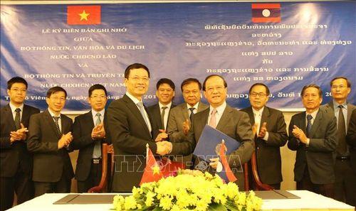 Việt Nam-Lào nâng hợp tác về thông tin, truyền thông lên tầm cao mới
