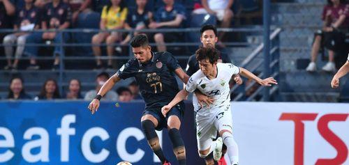 Buriram trỗi dậy và đánh bại đội bóng từ Hàn Quốc