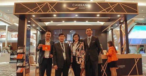 Ông Johnathan Hạnh Nguyễn nói gì về 'cú đúp' ấn tượng của Sân bay Cam Ranh?