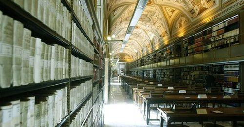 Hé mở bí mật cực sốc ẩn giấu trong mật khố Vatican