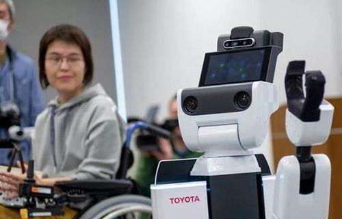 Trình làng trợ lý robot cho Thế vận hội Tokyo 2020
