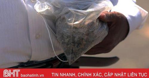 Những túi đất thay cho hài cốt nạn nhân vụ rơi máy bay ở Ethiopia