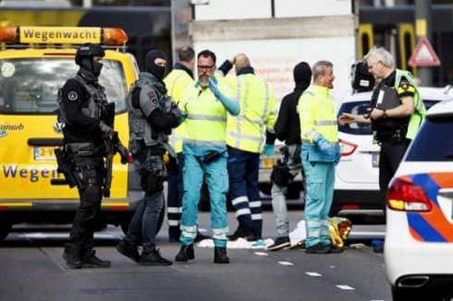Toàn cảnh vây bắt nghi phạm vụ nổ súng tại Hà Lan