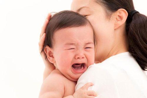 10 điều đại kỵ đối với trẻ sơ sinh nhiều mẹ phạm phải