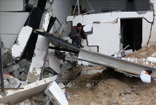 Tấn công rocket vào miền Trung Israel, nhiều người bị thương