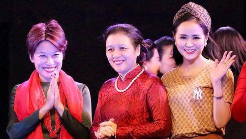 Nữ hoàng hoa hồng Bùi Thanh Hương xúc động vì 'Dạ tiệc âm nhạc'