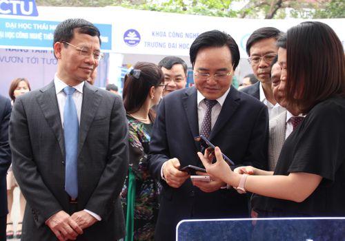 Phát triển nguồn nhân lực ICT trình độ cao: Nhà nước - Trường Đại học và Doanh nghiệp phải cùng 'bắt tay'