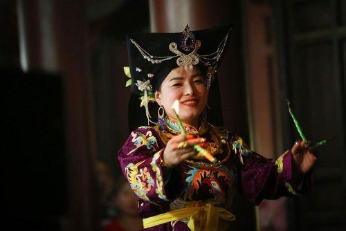 Có gì trong seri phim dài tập về Tín ngưỡng thờ Mẫu?