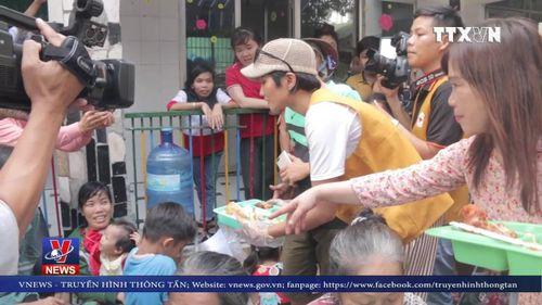 Hoa hậu H'Hen Niê truyền cảm hứng cho trẻ mồ côi