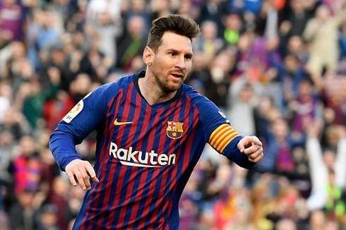Messi hóa người hùng, Barca nhọc nhằn thắng trận derby Catalan