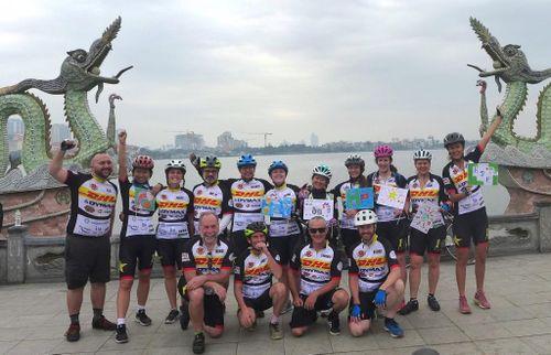 H2H: Một thập kỷ hành trình đạp xe gây quỹ cho trẻ em kém may mắn