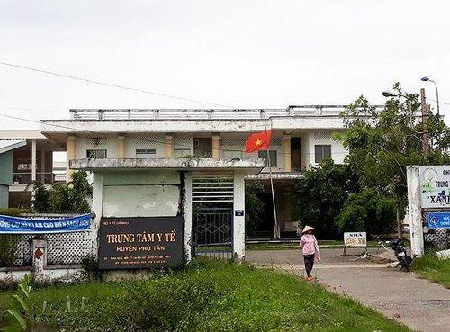 Người Trung Quốc gây rối, đòi đánh bác sĩ tại bệnh viện