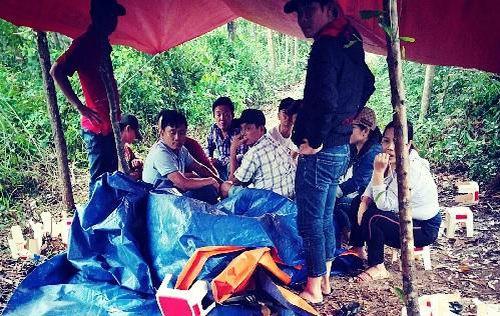 Quảng Nam: Bắt quả tang tụ điểm đánh bạc tổ chức giữa rừng