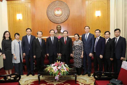 Quỹ Tống Khánh Linh coi trọng hợp tác nhân dân với Việt Nam