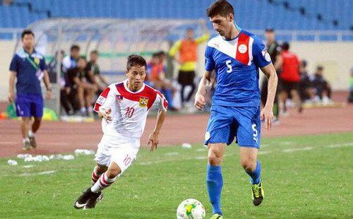 Vừa ghi bàn vào lưới Văn Lâm, giá trị 'Messi Lào' vượt qua Phan Văn Đức, Văn Toàn